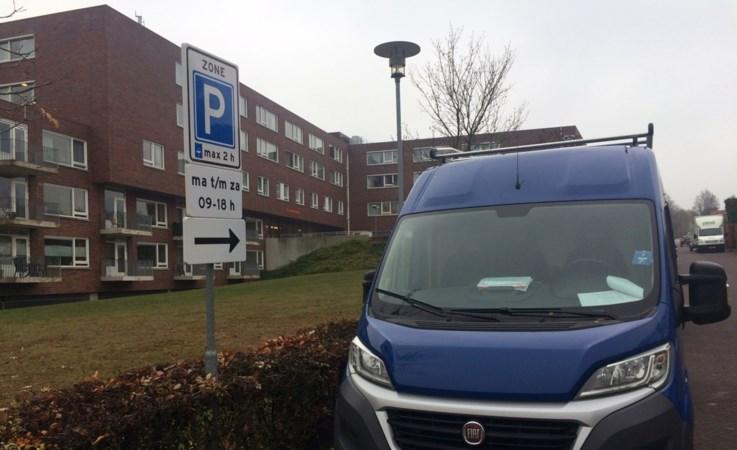Verkeerschaos voor ingang zorgcentrum Gulpen