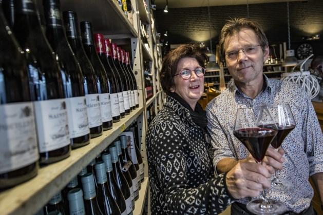 Piet en Karin doceren na school over wijn