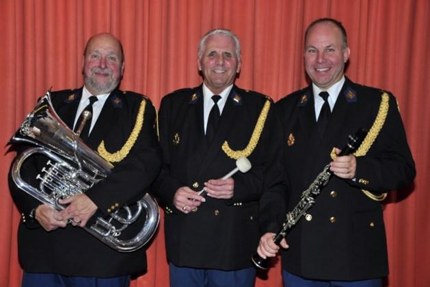 Drie jubilarissen bij Muziekkapel Vrijwillige Politie