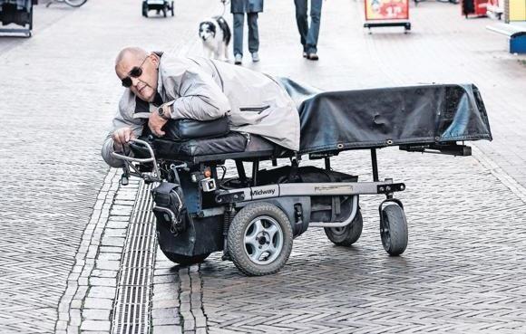 Willie ten Holder leeft al 39 jaar op zijn buik
