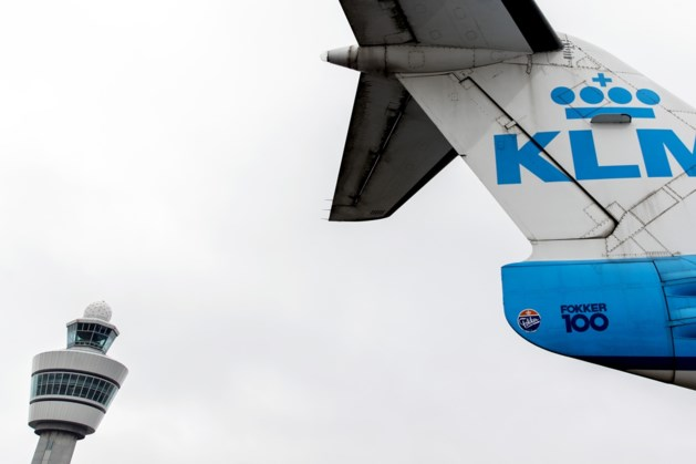 KLM schrapt 144 vluchten wegens slecht weer