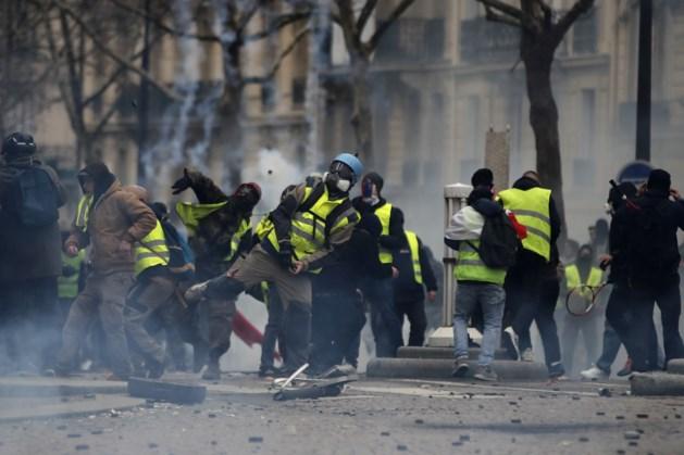 Frankrijk onderzoekt nep 'gele hesjes'