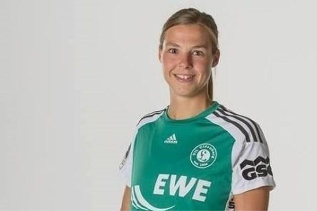 EK Handbal: Inger Smits ingevlogen voor duel om 3e plek