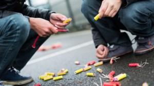 Politie bezoekt kopers illegaal vuurwerk
