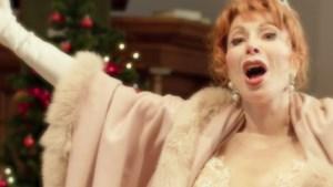 'Zangeres' Marijke Helwegen lanceert aandoenlijke kerstsingle