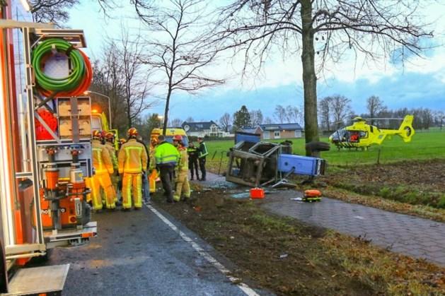 Veroorzaker ongeval in Deurne was dronken, tractorbestuurder zwaargewond met traumaheli mee