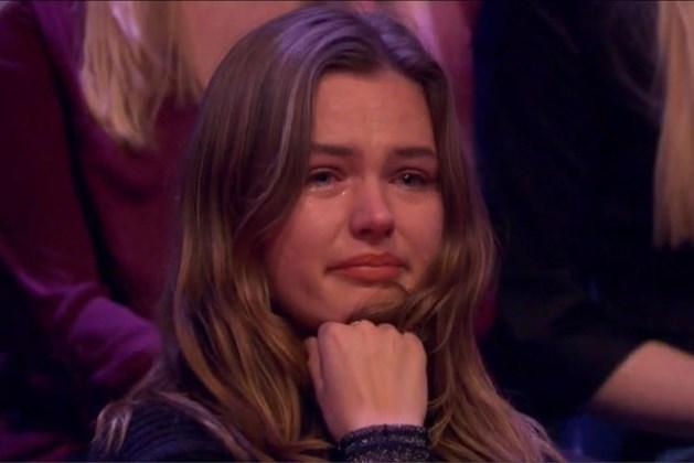 2,3 miljoen kijkers huilen mee met 'overgeslagen' Maureen in All You Need is Love