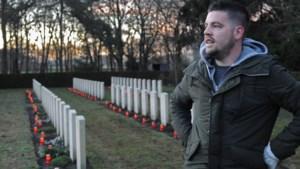 Kaarsen militairen op oorlogsgraven: 'Ik zie de oorlog niet, wel de gevolgen'
