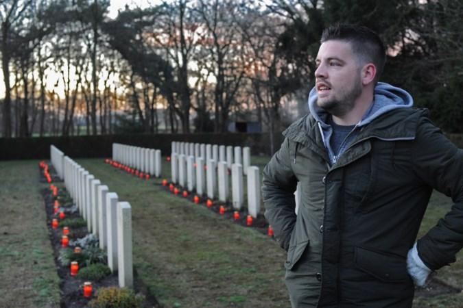 Kaarsen beroepsmilitairen op oorlogsgraven: 'Ik zie de oorlog niet, wel de gevolgen'