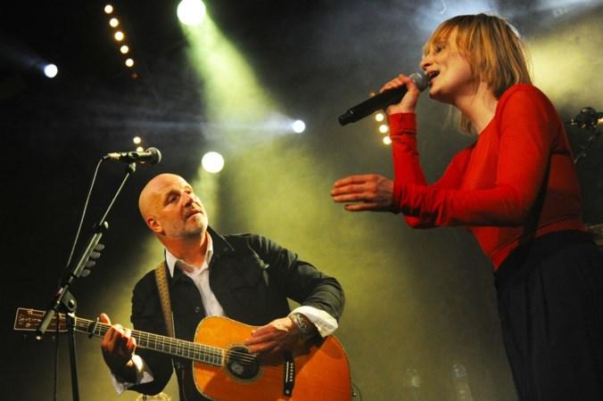 Zingen in je moerstaal ongekend populair