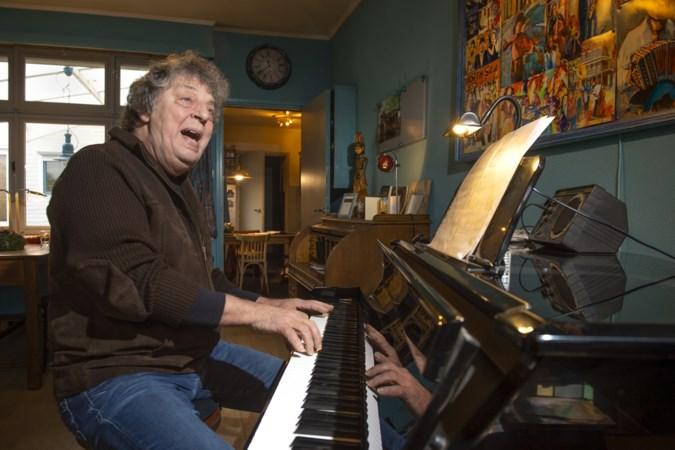 Muziektherapeut Jan van den Berg: 'Liedjes van vroeger brengen glimlach terug'