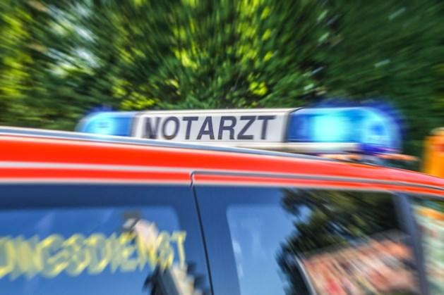 Man in grensplaats overleden door koolmonoxide, twee personen zwaargewond