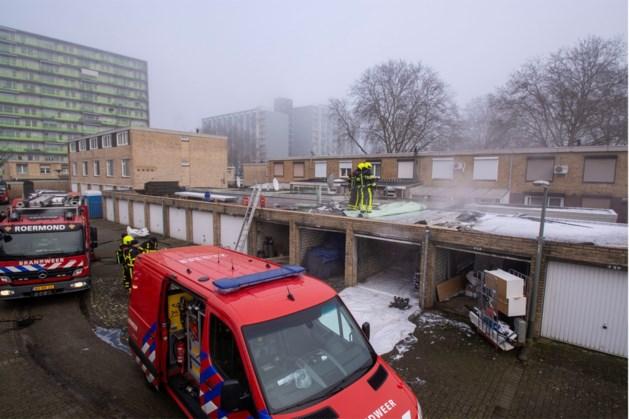 Brand in garageboxen Roermond