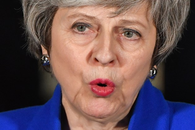 May doet Europees belrondje, zonder succes