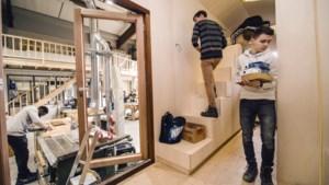 Techniekleerlingen bouwen in Beek eenpersoonswoning