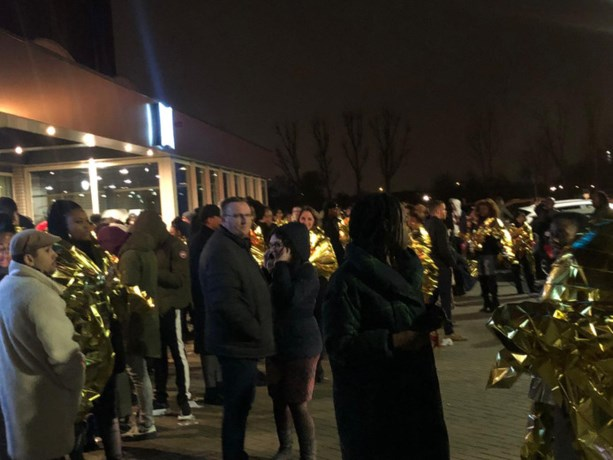 Toegangswegen Rotterdam Airport afgesloten en hotel ontruimd om bommelding