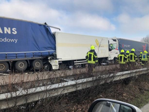Chauffeur (28) Venloos bedrijf komt om bij zwaar truckongeval