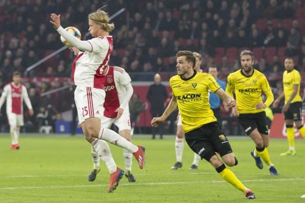 Getergd Ajax laat na rust weinig heel van VVV