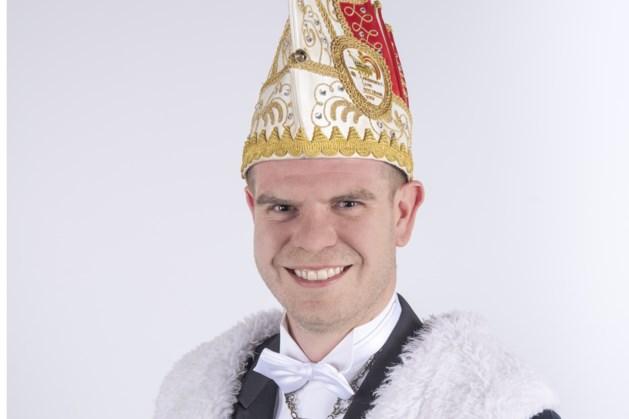 Vijf vragen aan de prins van Oostrum
