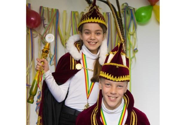 Prinses Kimberley en vorst Jens aan de macht bij de Késjeut uit Meijel