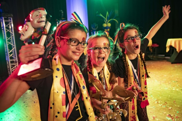 De Gekke Jetjes uit Grubbenvorst winnen Kinjer Vastelaovend Leedjesfestival