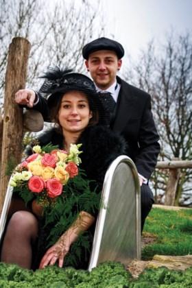 Nieuwe jeugdprinses en boerenbruidspaar bij Eikkaters in Kessel-Eik