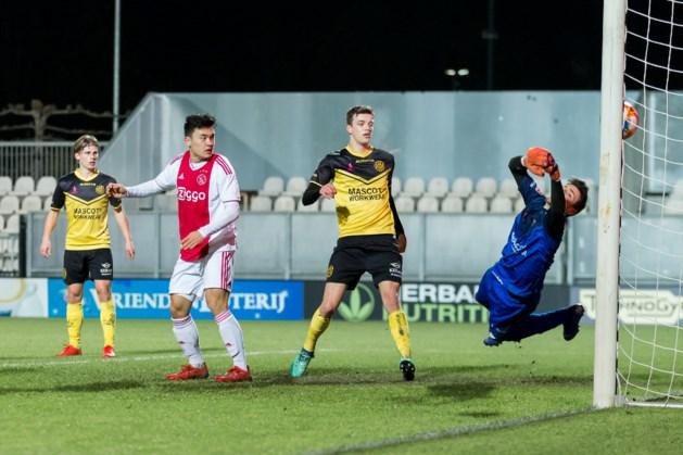 Armzalig Roda te kijk gezet door Jong Ajax