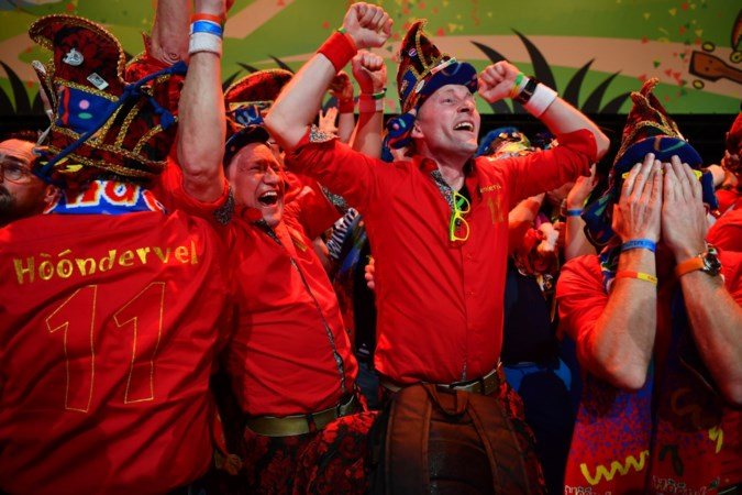 Stuiteren met LVK-winnaar: 'Echt goede zangers zijn we niet, maar onze energie slaat over'
