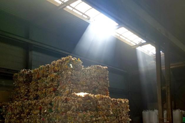 Provincie verbiedt opslag plastic afval buiten