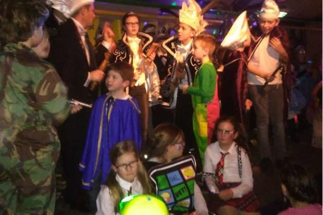Carnavalsdisco bij De Hobbits