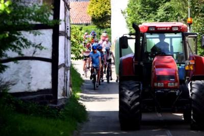 Fietstoertochten informeren boeren beter over routes door Zuid-Limburg