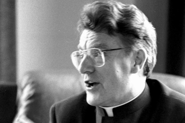 Beruchte sekteleider Vrieswijk overleden