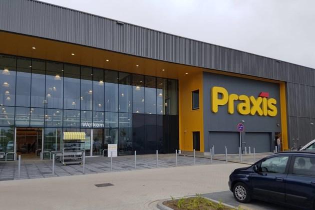 Meer vaart achter Maastrichts retailpark Belvédère