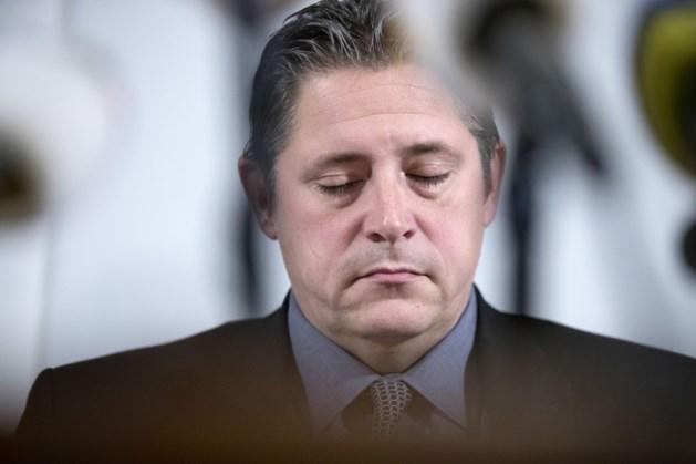 Burgemeester Krewinkel kondigt ontslag aan na commotie over sollicitatie