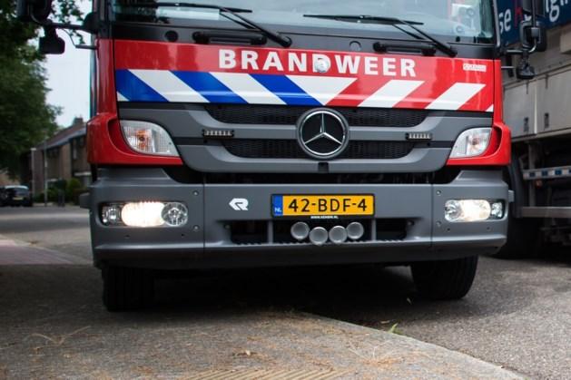 Bizar ongeluk met brandende auto, bestuurder op de vlucht