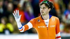 Roest wint tien kilometer en prolongeert wereldtitel allround