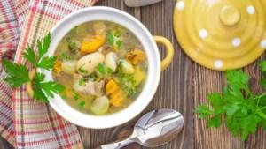 Gemeente Maastricht schenkt 10.000 kommen soep aan Voedselbank Limburg-Zuid