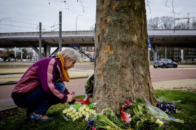 Eerste bloemen gelegd op plek schietpartij Utrecht