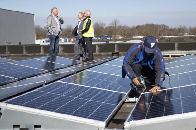 Risse Groep pionier bij zonnepanelenproject Weert