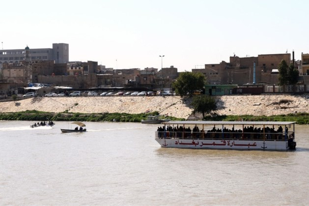 Bijna 100 doden na bootramp op Tigris