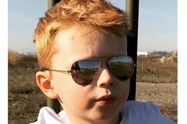 Nederland steunt Julian (7), die gepest wordt vanwege zijn rode haar