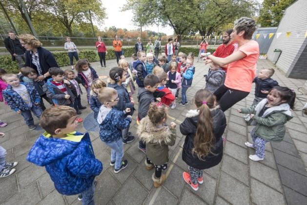 Recordaantal basisscholen in Limburg doen mee aan de Nationale Buitenlesdag