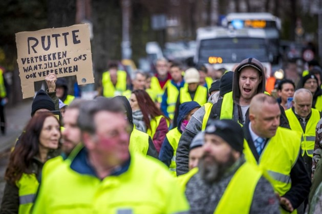 Mark Rutte gaat in gesprek met 'gele hesjes'