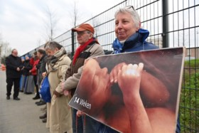 Video: Demonstratie bij abortuskliniek Roermond