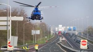 Man vlucht na achtervolging op A2, politie vindt gecrashte auto