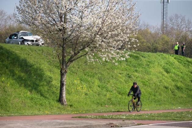 Gevluchte chauffeur na crash in Neerbeek nog spoorloos