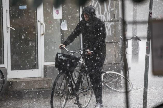 Pak die winterjas maar, kou en natte sneeuw op komst