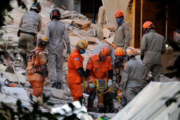 Minstens acht doden na instorten appartementen Rio de Janeiro, nog velen vermist