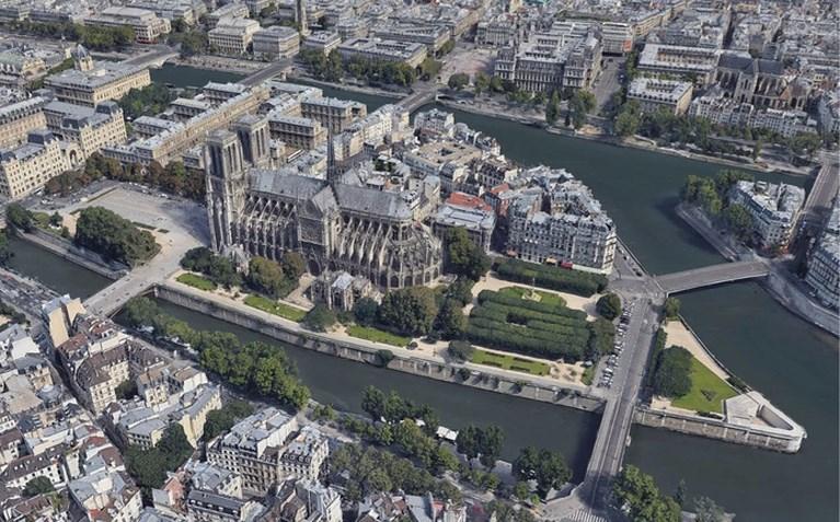 Dit zijn de kippenvelfoto's van de Notre-Dame