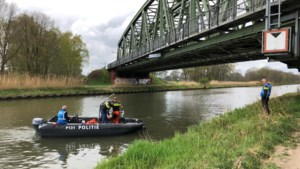 Politie zoekt naar mogelijk moordwapen Andy de Heus in kanaal Nederweert